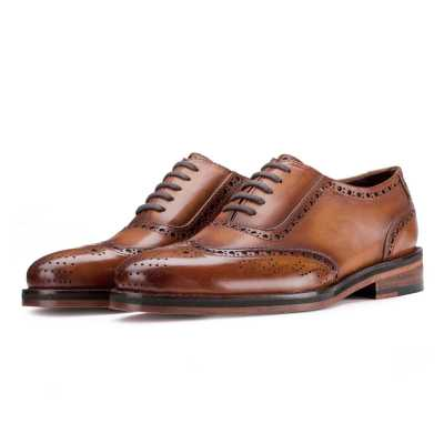 Tessio Dual-Shade Burnished Tan Wingtip Brogues