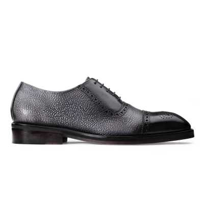 Coppa Medallion Captoe Dual-Textured Black Oxfords
