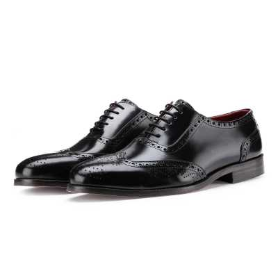 The Boss Brogues in Black