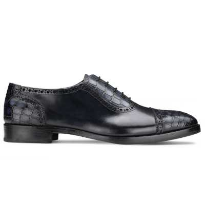 The Colombus Toecap Oxford in Blue