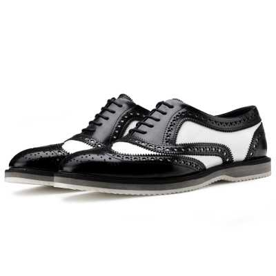 The Golf Designer Brogue in Black White