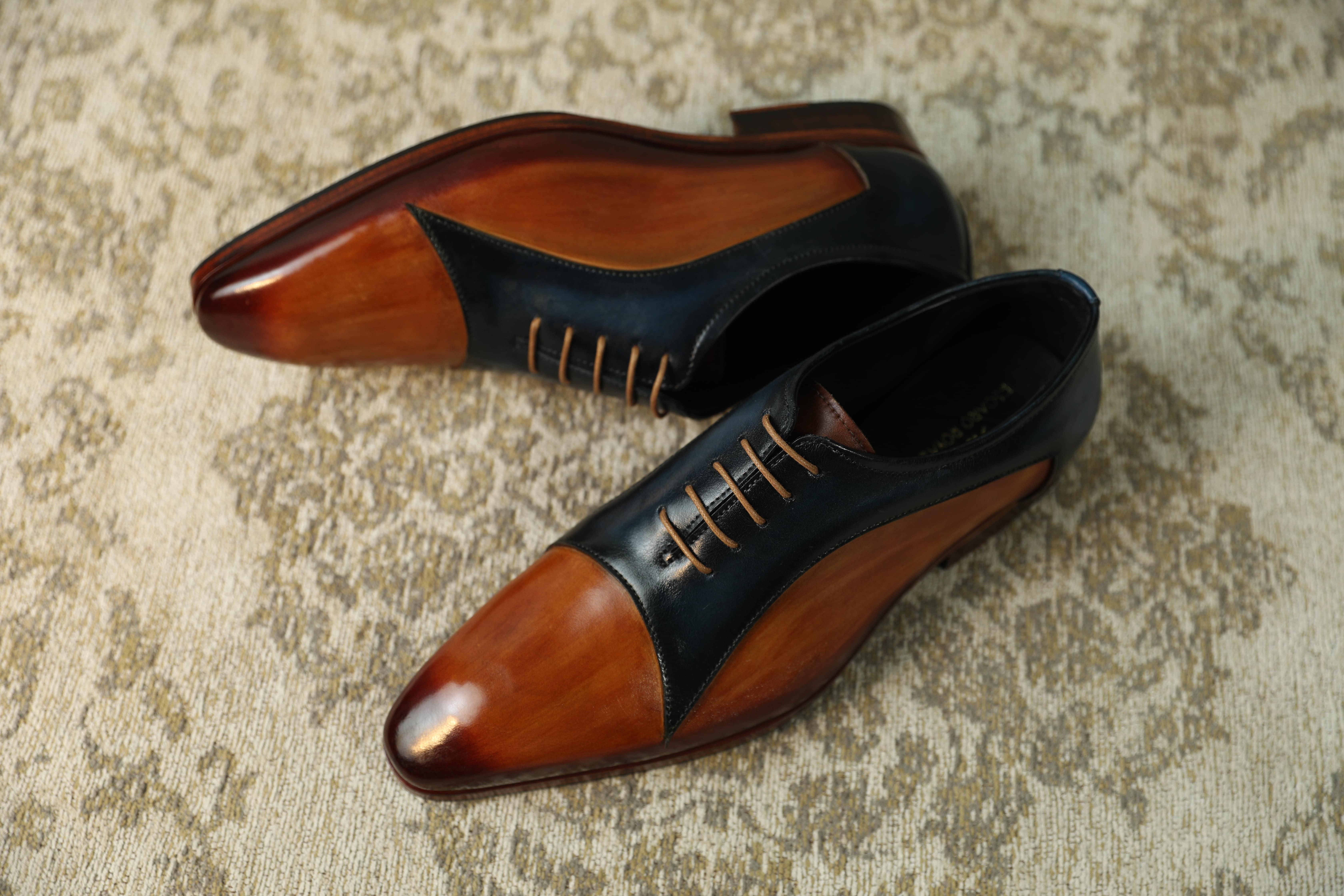 Top 5 shoe styles a man must have in their wardrobe