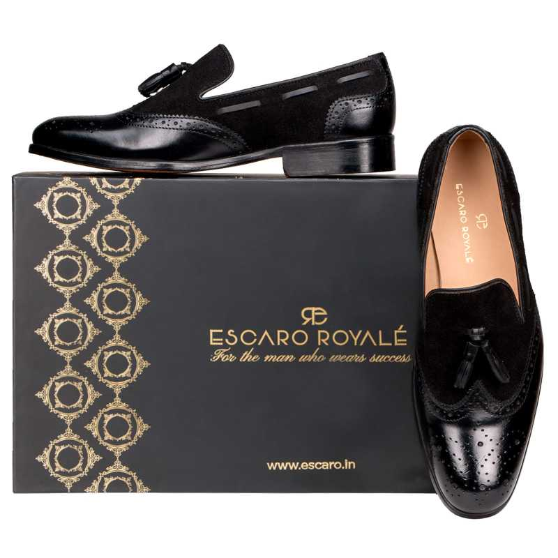The Chicago Tassel Loafer in Black