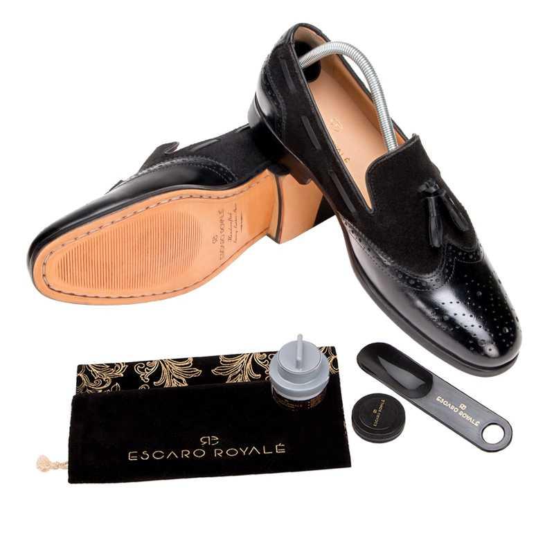 The Chicago Tassel Loafer in Black