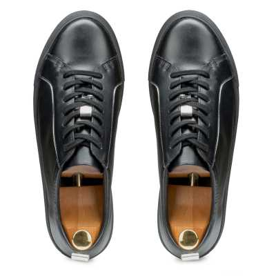 Men's Black Low-Top Leather Sneakers
