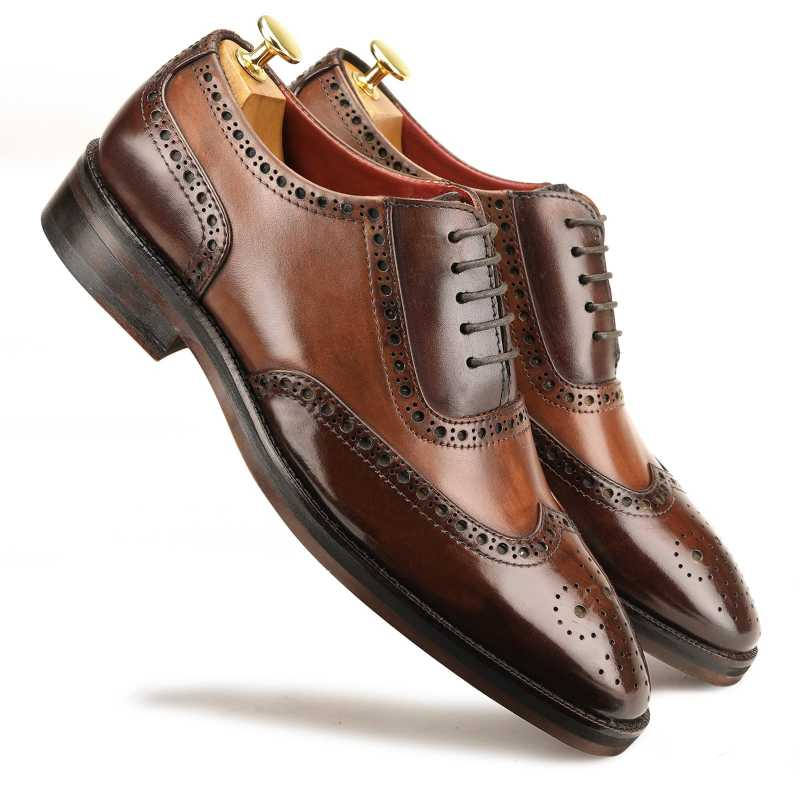 The London Wingtip Brogues in Brown-Tan