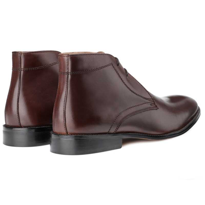 The Munich Chukka Boots in Brown