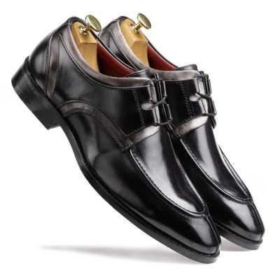 The Valentino Derby in Black-Gray