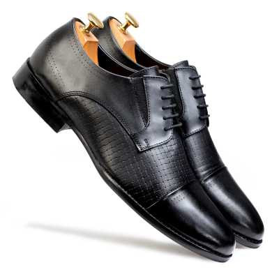 Spector – Classic Black Designer Derby CapToe Shoes