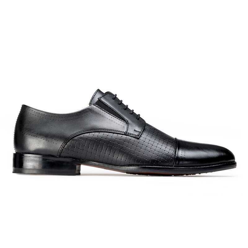 Spector–Classic Black Designer Derby CapToe Shoes