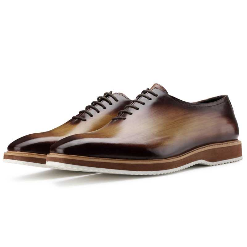 The Amerigo Wholecut Oxford in Tan Burnish