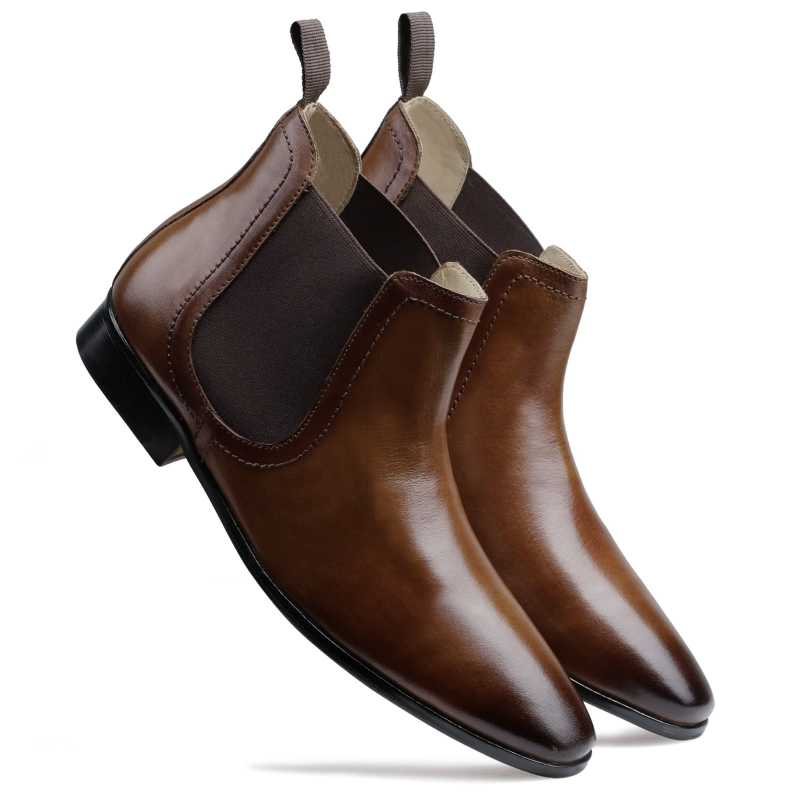 The Philly Classic Chelsea Boots in Tan