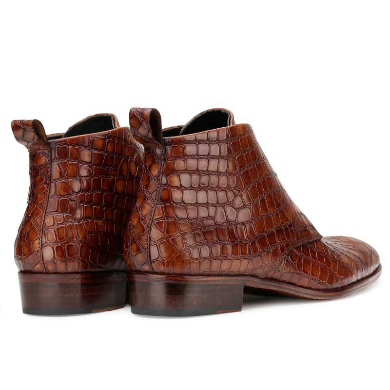 Optimus Chukka Boots in Patina Cognac - Escaro Royale
