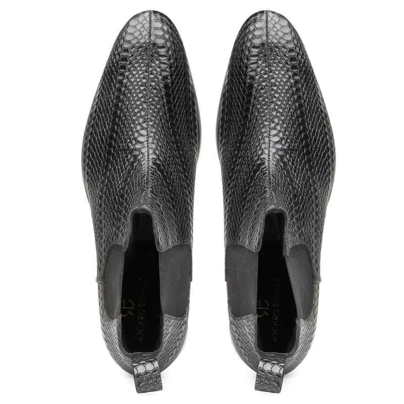 Neo Chelsea Boots in Black - Escaro Royale